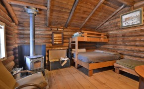 chambre, poêle au bois