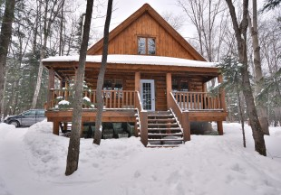 Winter fishing & cabin Pecheur