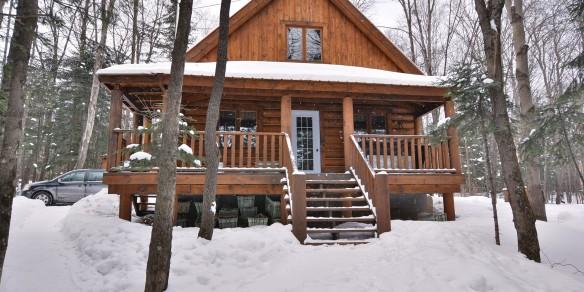 Winter fishing & cabin Pecheur