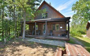 cabin Le Rocher