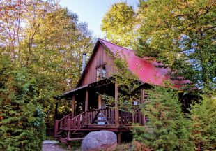 Special fall package in luxury cabin